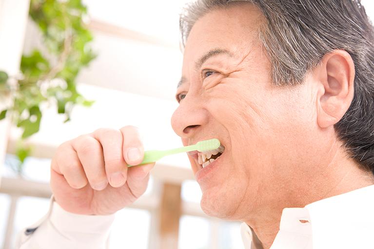 わたなべ歯科医院式入れ歯なら、痛くない!